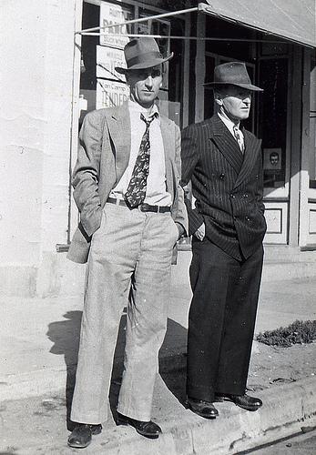 vintage men in hats
