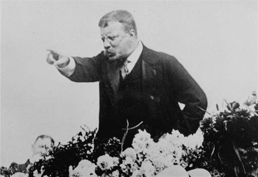 teddy roosevelt giving impassioned speech pointing finger