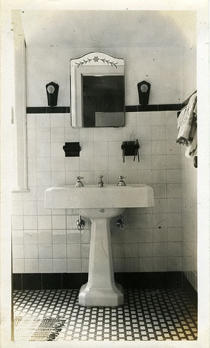 vintage bathroom black white sink mirror medicine cabinet
