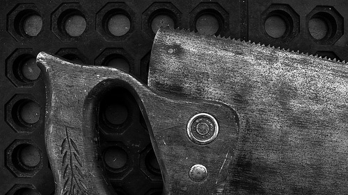 crosscut saw handsaw close up photo