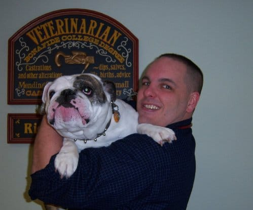 richard mcaroy veteranarian with bulldog