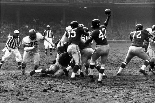 giants steelers 1960 muddy football game