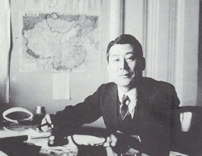 Chiune Sugihara sitting at desk we hero