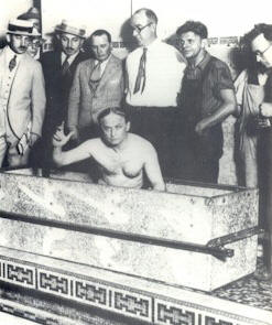 harry houdini age 52 airtight water coffin trick