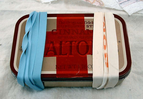 altoid tin first aid kit