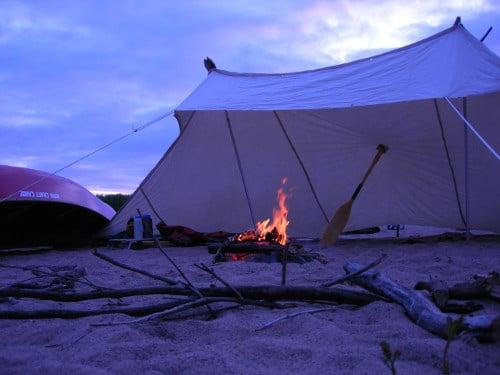 Burning fire under shelter.