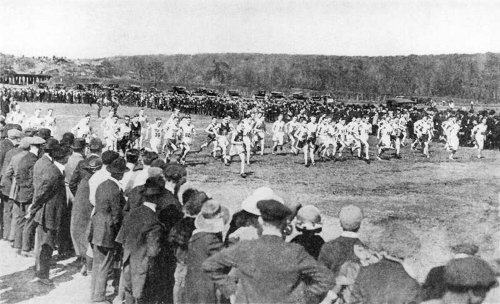 vintage cross country race crowds along racing course