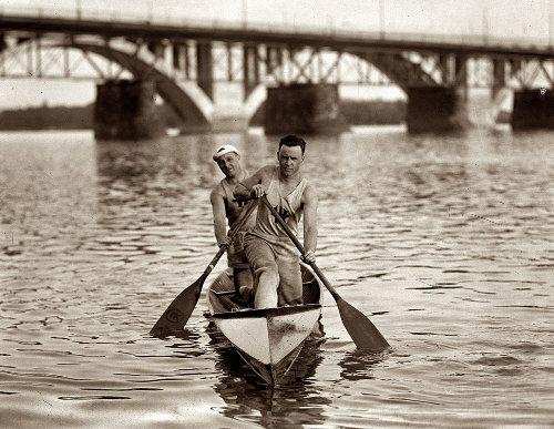 Vintage Canoe racers.