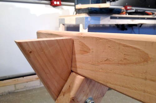 diy homemade sawhorse notch cut for top