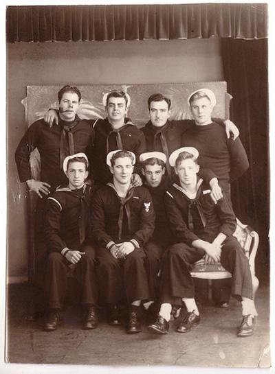 Vintage group photo of men's black and white illustration.