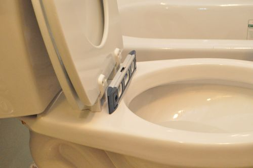 how to install a new toilet leveling toilet with level