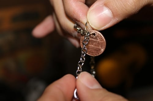 attaching penny to chain bracelet for diy charm jewelry