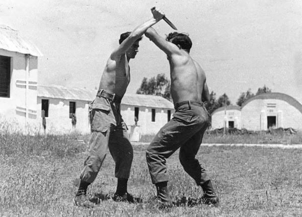 vintage krav maga practice israeli soldiers fighting