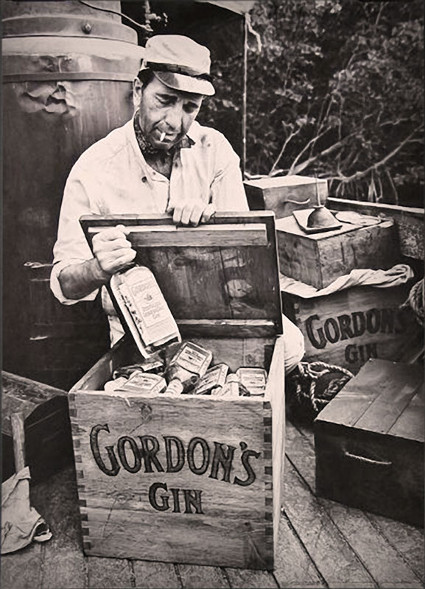 humphrey bogart african queen gordon's gin box
