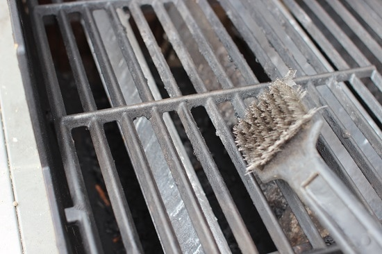 clean gas grill grates with wire brush