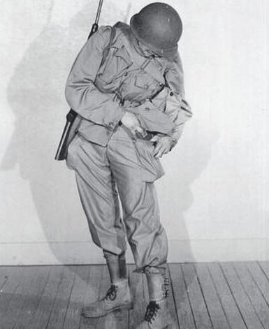 wwii soldier uniform m1943 cargo pocket