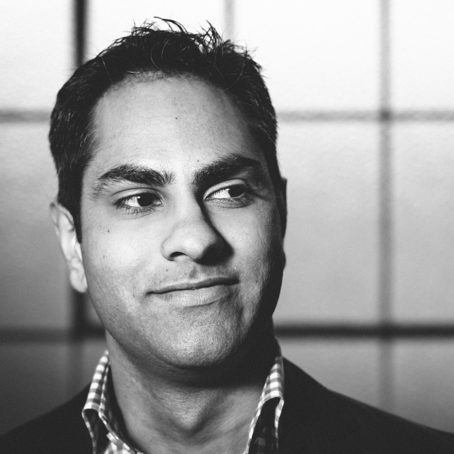 ramit sethi writer blogger black white profile photo