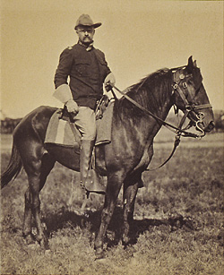 theodore roosevelt on horse spanish-american war