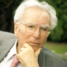 viktor frankl portrait photo as older man