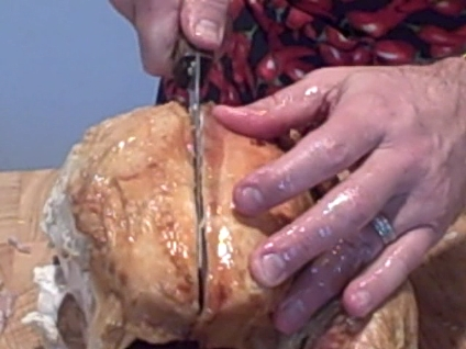 carving a turkey cutting the breast meat