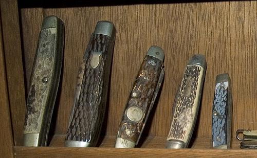 Set of pocket knife.