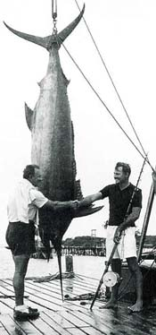 ernest hemingway deep sea fishing giant blue marlin