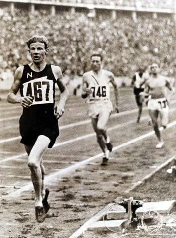 jake lovelock running track race
