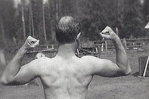How to Bald Gracefully: Tips and Hairstyles for Balding Men | The Art of Manliness
