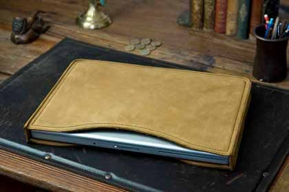 saddleback leather laptop sleeve