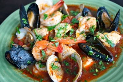 ciopinno soup red sauce shrimp mussels seafood