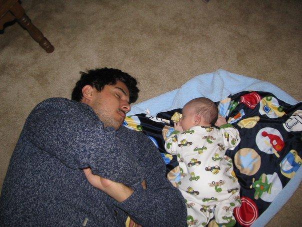 brett mckay with son on blanket tummy time
