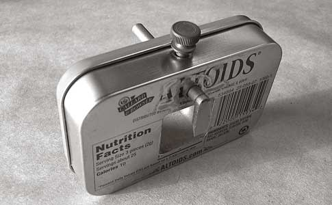 How to make altoids survival kit