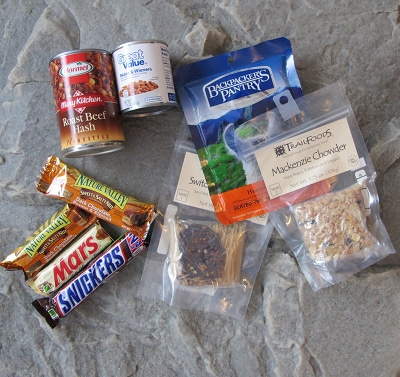bug out bag supplies food snacks candy bars dehydrated
