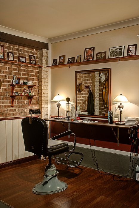 How to Transform Your Garage Into a Barbershop