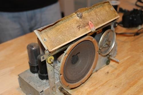 Tuner,speaker,tube amp.
