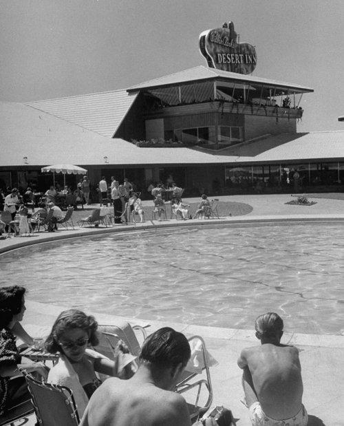 vintage las vegas desert inn pool area