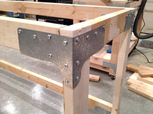 Screws fitted in ties of plywood.