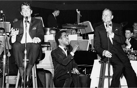 rat pack singing on stage frank sinatra