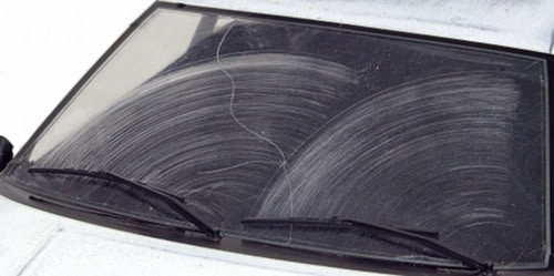 smearing on car windshield from wipers