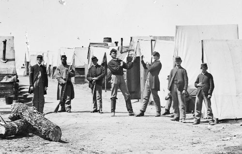 Union army soldiers fighting in camp.