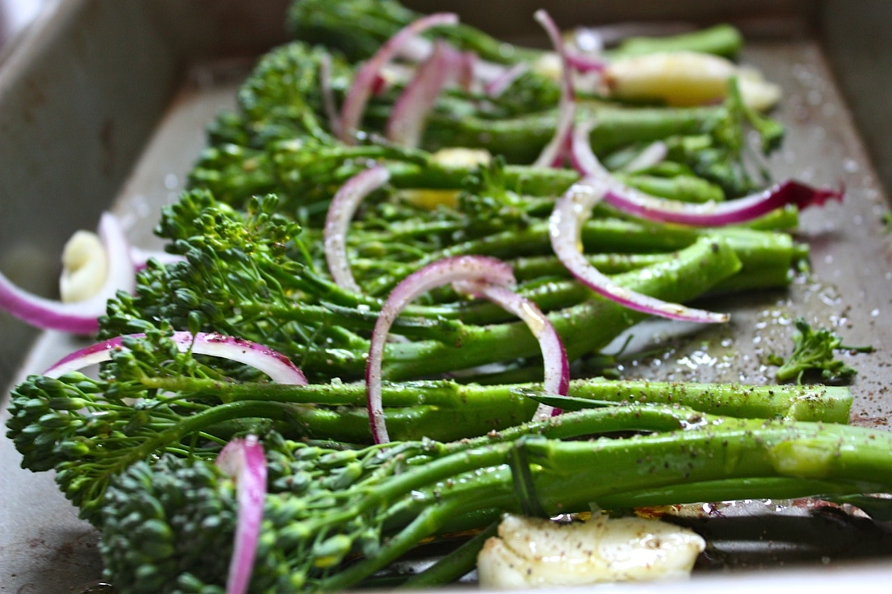 roasted broccolini with red onion garlic salt pepper