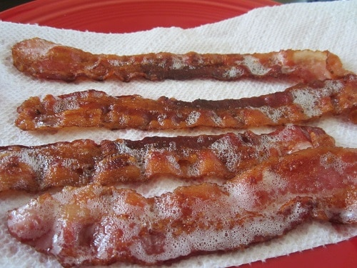 Patrick said to get it nice and crispy. Also, who doesn't love another picture of bacon?