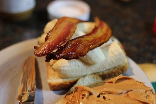 Vintage stacked bananas and top with bacon.