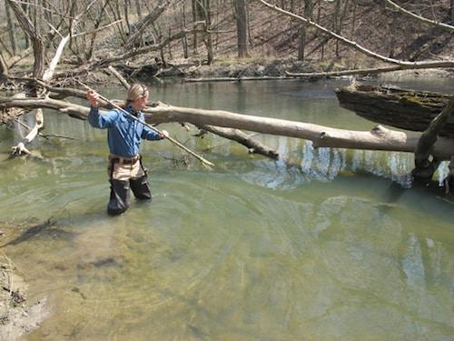 creek-gigging-river-2