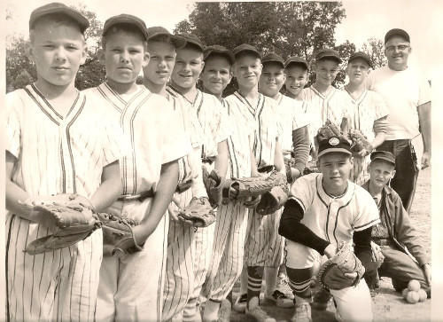 Vintage young boys baseball team team photo.