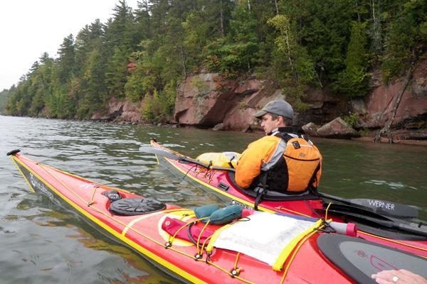 Sea kayaks Apostle Islands National Lakeshore on Lake Superior.