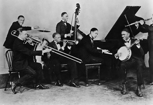 Jelly Roll Morton's red hot peppers jazz band.
