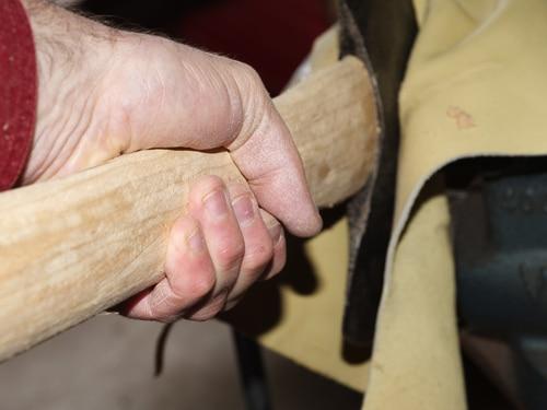 hand-not-caliper