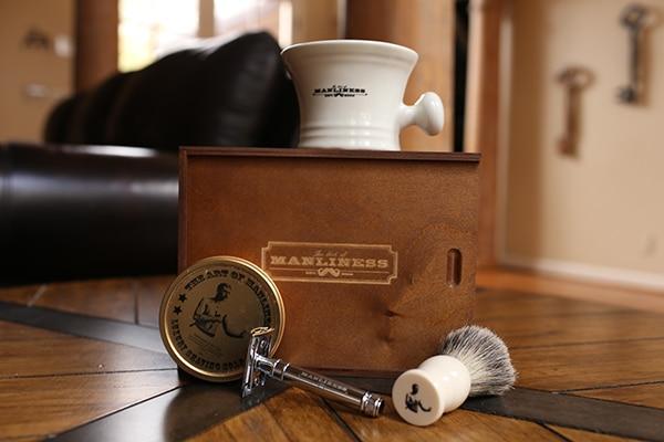 shaving kit safety razor badge brush mug