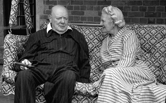winston and clementine churchill sitting on couch